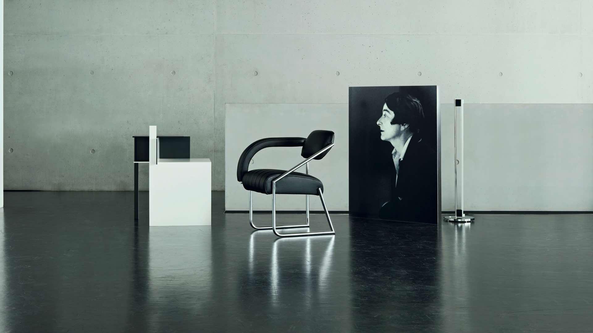 thonetshop classicon de stijl beistelltisch. Black Bedroom Furniture Sets. Home Design Ideas