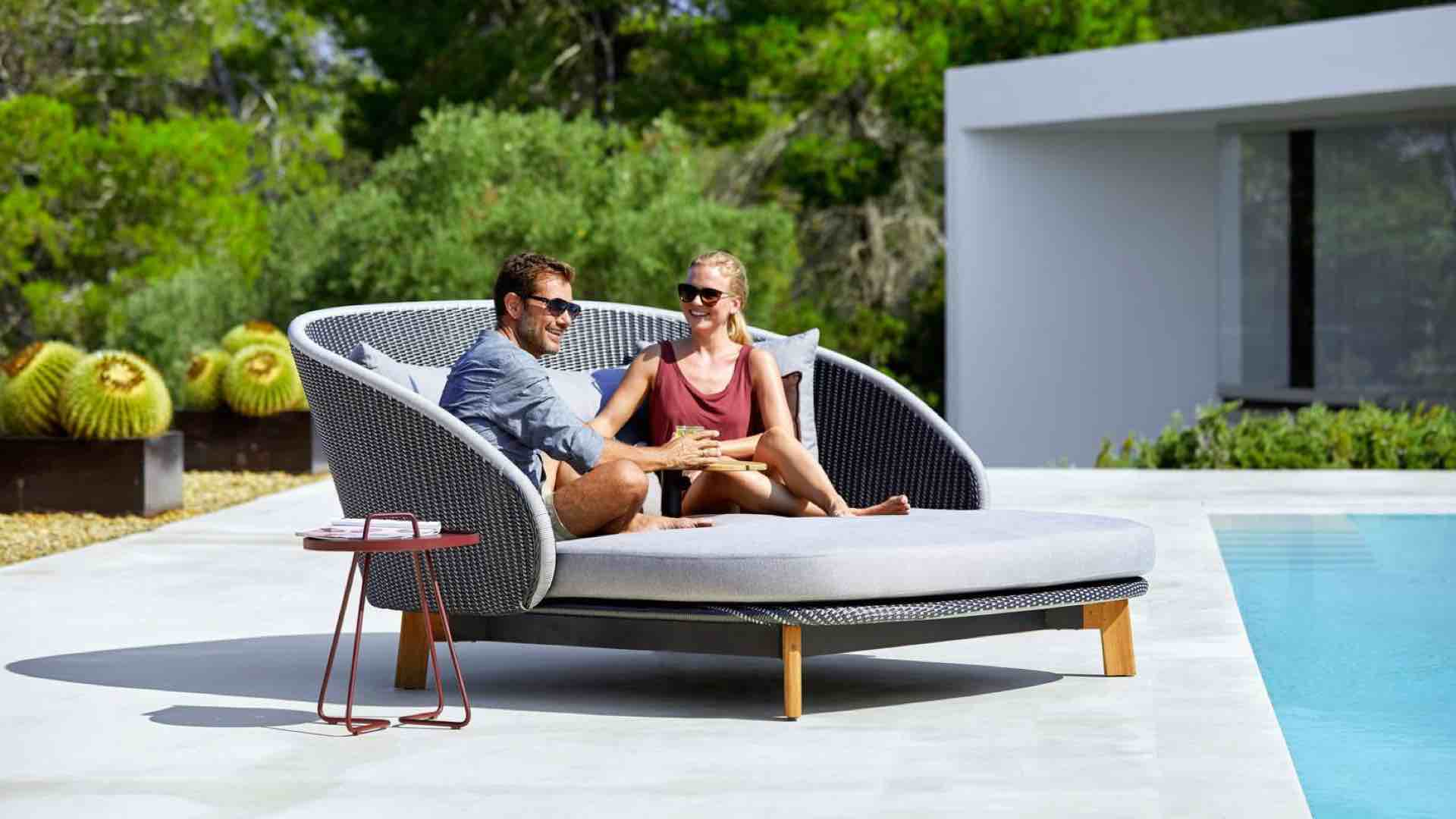 - Cane-line Outdoor Daybed FT Felix Thonet Shop